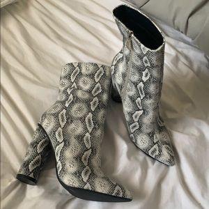 Fashion Nova -Midnight Lover Boot Snake heels